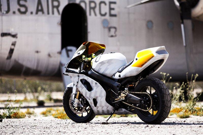 Мотоцикл Icon ThunderChunky на базе Kawasaki ZX-7 1994