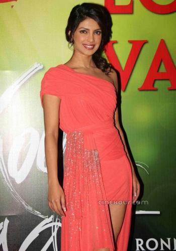 Приянка Чопра / Priyanka Chopra - Страница 6 7b792a1201e35e7aad61e9e039e3e318