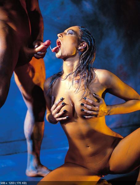 Порно в золотой краске