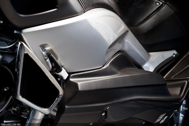 Скутер Yamaha TMAX Hyper - проект Людовика Лазарета